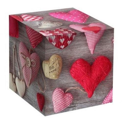 Коробка подарочная для кружки Серая с сердечками